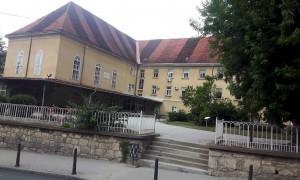 kONSTANTINOV DOM