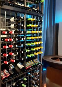 WineBox...otvaranje 21.12.2018. Vino_02.like